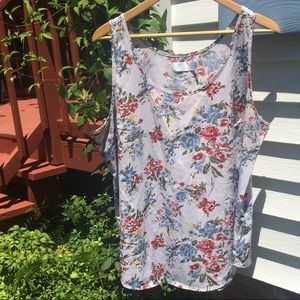 Time and Tru floral tank